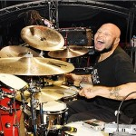 Frank Ferrer atual baterista do guns n' roses