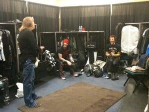 """Axl e os """"novos"""" membros antes de show."""