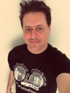 Marcos Kleine veste a camiseta oficial do site