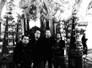 Nausea (esq. pra dir.): Eric Castro (bateria), Oscar Garcia (vocal/guitarra), Leon Del Müerte (guitarra) e Alejandro Corredor (baixo).