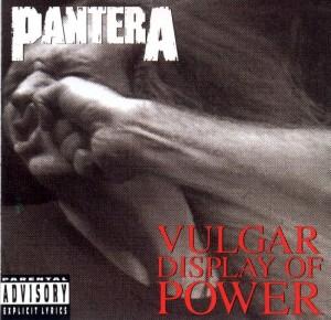 """Impressionante arte da capa de """"Vulgar Display of Power"""""""
