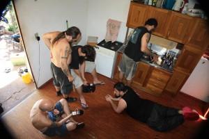 Agilidade: Enquanto alguns filmam, outros lavam a louça