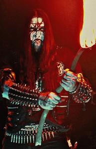 Mantus (guitarrista e demais instrumentos): alma e dedicação Black Metal!