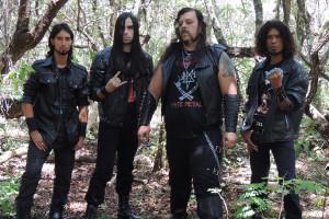 Scourge (esq. pra dir.): William Santos (bateria), Maurício Gonçalves (guitarra), Juarez Távora (vocal e baixo) e Pretho Souto (guitarra).