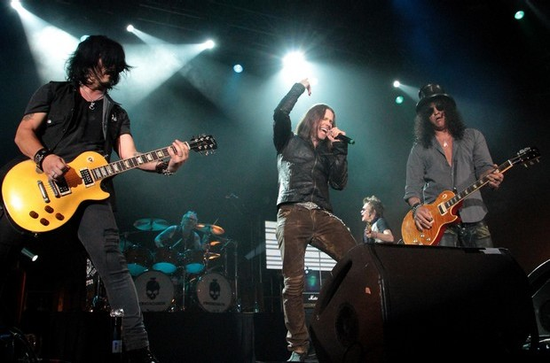 Gilby Clarke, Myles Kennedy, Slash