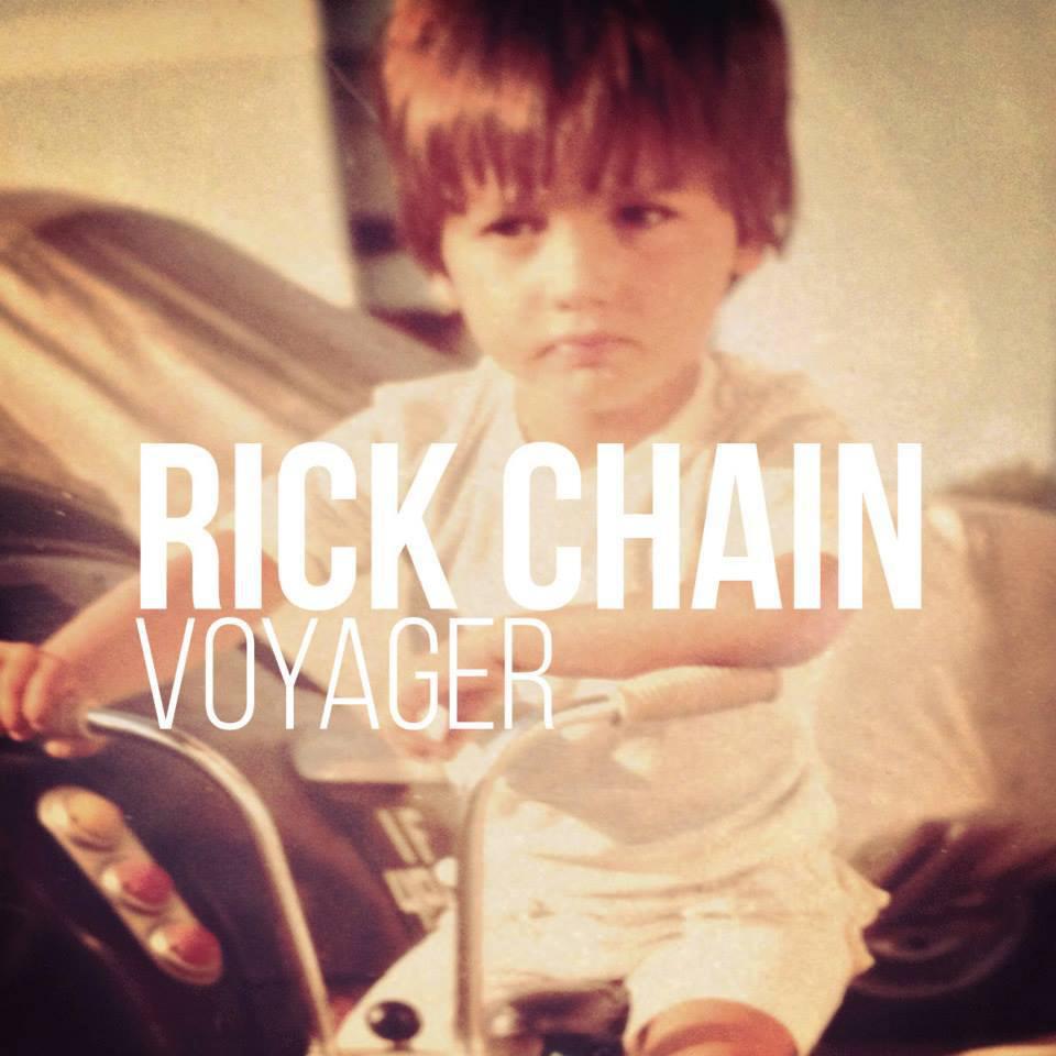 """Capa de """"Voyager"""", álbum solo de Rick Chain"""