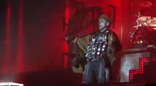 """Vídeo: Show do Rammstein com """"homem bomba"""" gera polêmica com muçulmanos"""