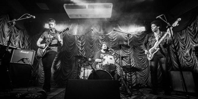 """Dall lança versão ao vivo de """"Despertar 2"""" gravada no projeto Quarta Livre"""
